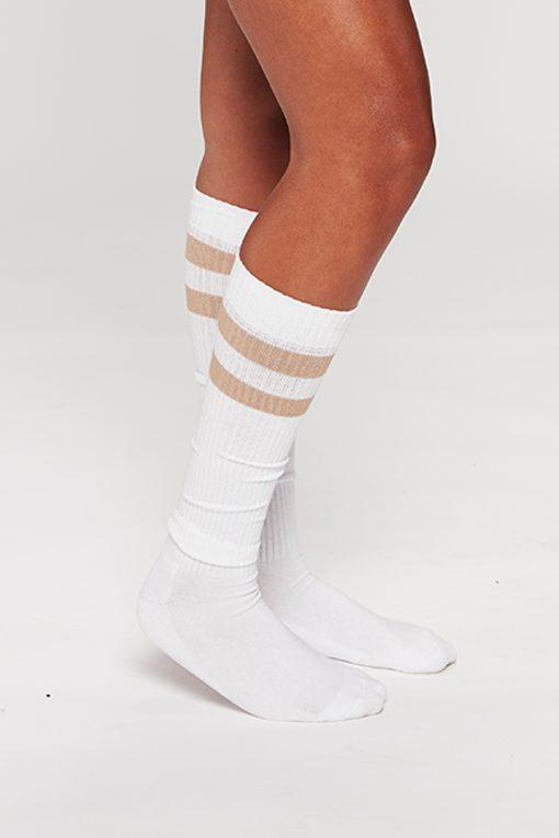 Køb Carite Retro Knee Tennissok her - DKK 100 | Carite